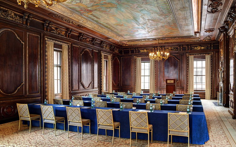 Meeting room at Lotte New York Palace