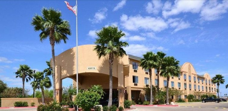 Best Western® Casa Villa Suites in Harlingen, TX - Exterior