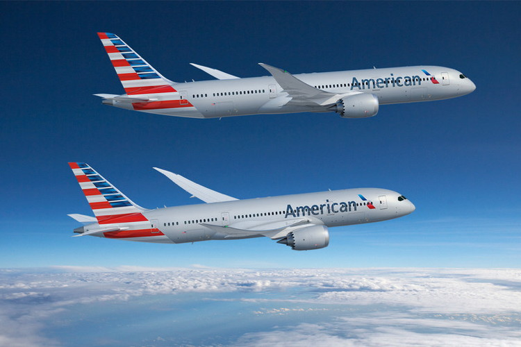 Two American Airlines Boeing airplanes