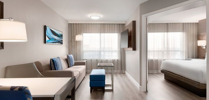 Guestroom at the Embassy Suites by Hilton Montreal Airport