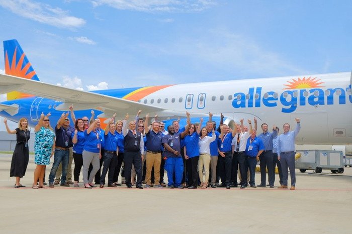 Allegiant Employees with its First-In-Fleet American Made Airbus A320