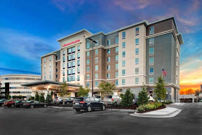 Apple Hospitality REIT, Inc. (NYSE: APLE) today announced that it acquired the 132-room Hampton Inn & Suites by Hilton Atlanta Perimeter Dunwoody for a purchase price of approximately $29.5 million, o