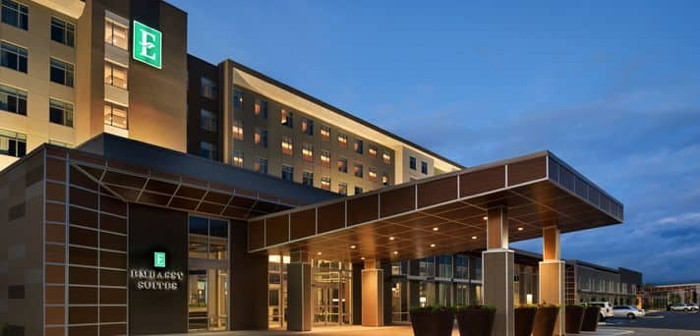 Embassy Suites Noblesville - Exterior
