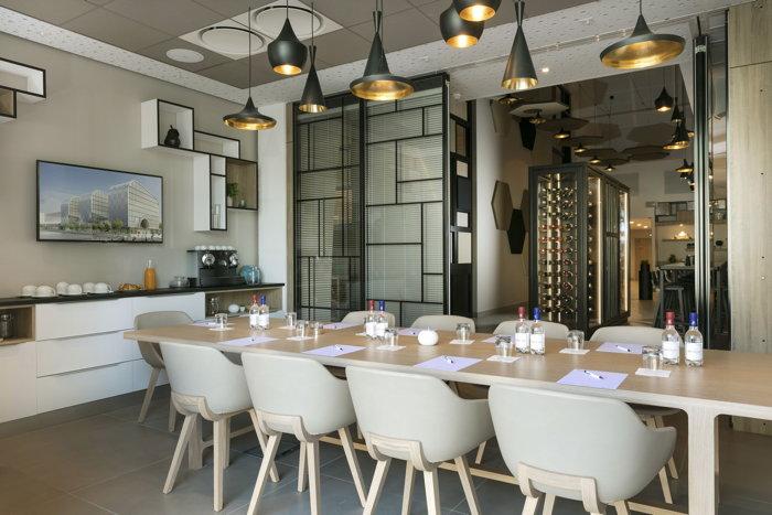 Babette Restaurant - Source Hilton