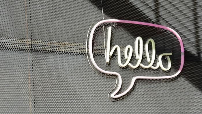 A 'Hello