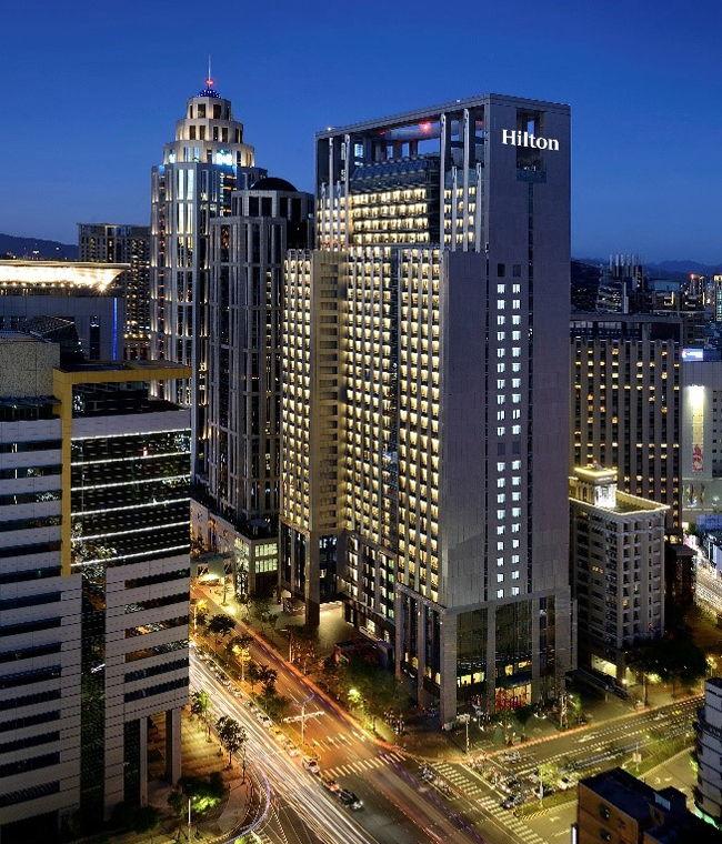 Hilton Taipei Sinban Hotel - Exterior