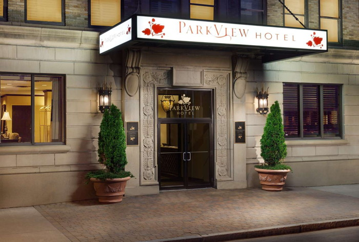 The Parkview Hotel - Entrance