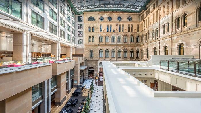 The Fullerton Hotel Sydney - Atrium