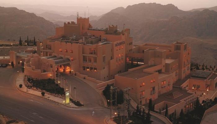 Mövenpick Nabatean Castle Hotel - Exterior