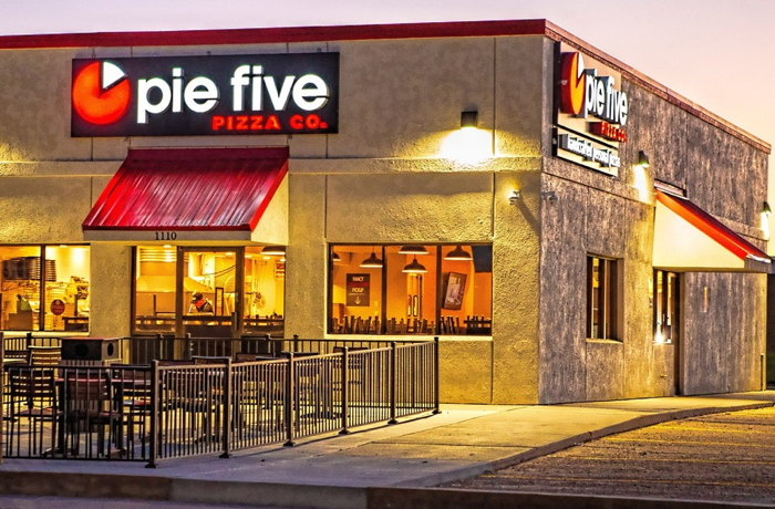 Pie Five Debuts in Garden City