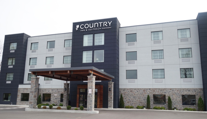 Country Inn & Suites by Radisson Belleville - Exterior