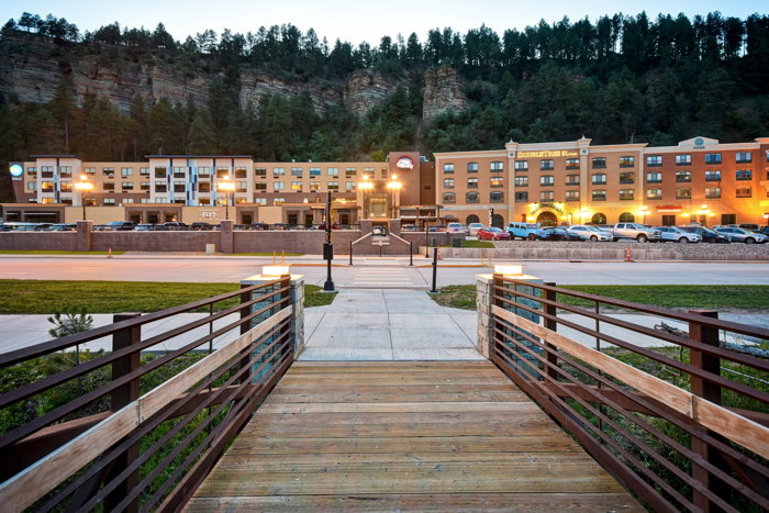 DoubleTree by Hilton Deadwood at Cadillac Jack - Exterior