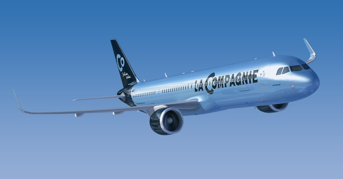 A La Compagnie airplane
