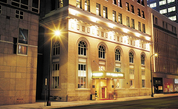 Grand Hotel Minneapolis - Exterior at night