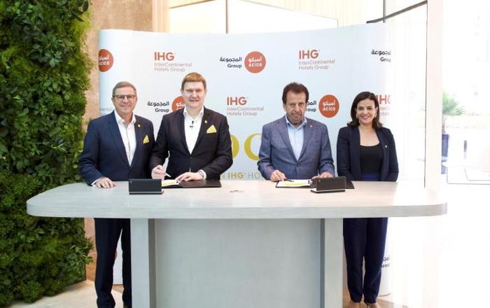 Image from voco Dubai Hotel signing ceremony