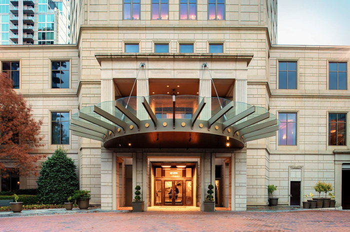 Waldorf Astoria Atlanta Buckhead - Entrance