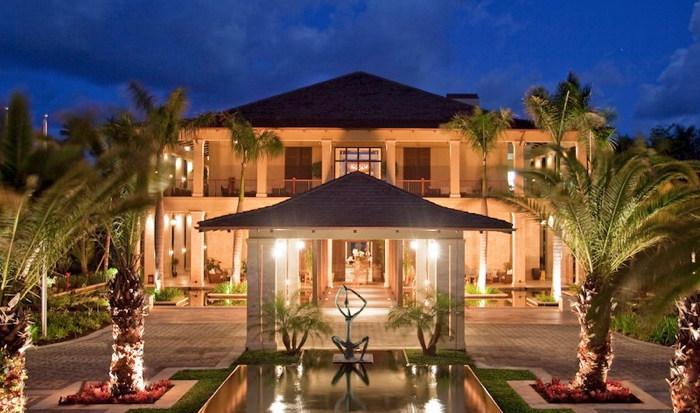 The St. Regis Bahia Beach Resort - Entrance