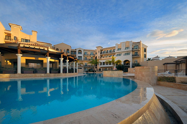 DoubleTree by Hilton La Torre Golf & Spa Resort - Exterior