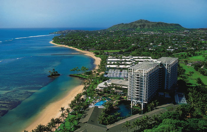 Kahala Hotel & Resort - Aerial view