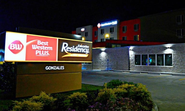 Best Western Dual Brand Executive Residency in Louisiana - Sign