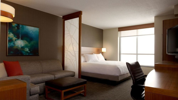 Guestroom at the Hyatt Place Calgary Airport