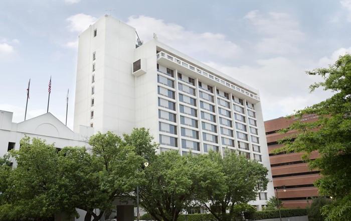 Hilton Birmingham at UAB - Exterior