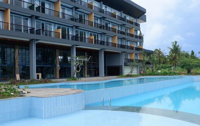 Tanjung Binga Resort - Pool