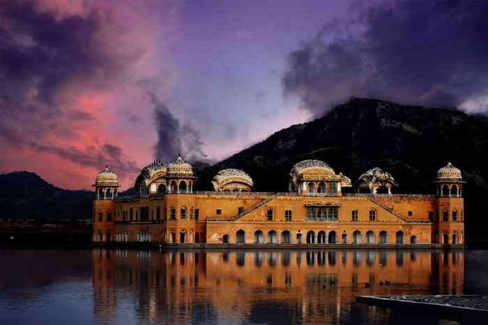 Royal Jal Mahal, Jaipur, India - Photo by Ravi Shekhar on Unsplash