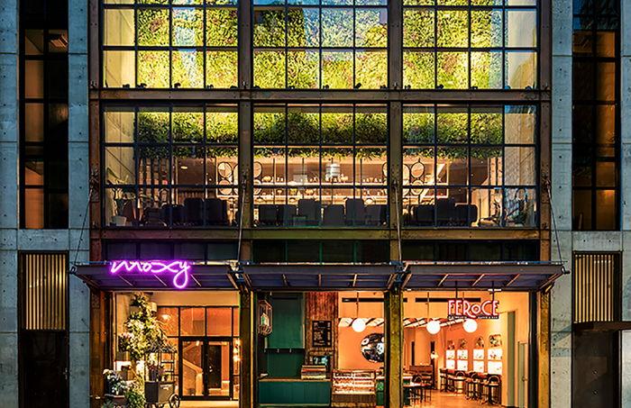Moxy NYC Chelsea Hotel - Entrance