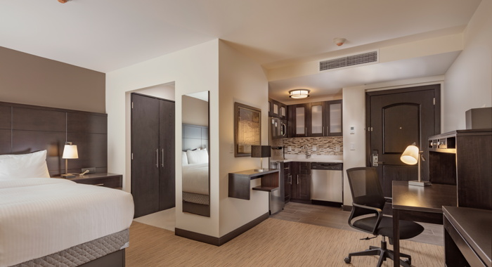 Staybridge Suites guestroom