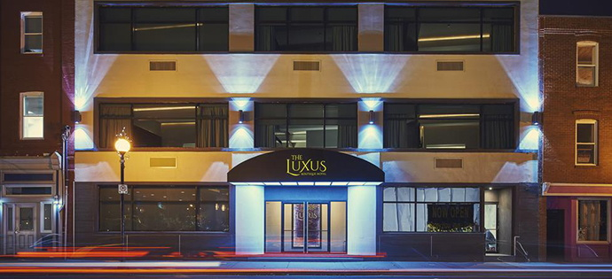 Luxus Hotel - Entrance