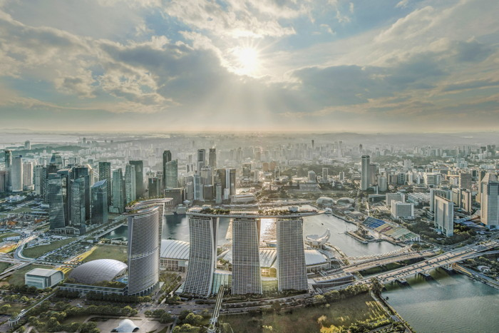 Marina Bay Sands Integrated Resort in Singapore Announces 1,000 Room Expansion