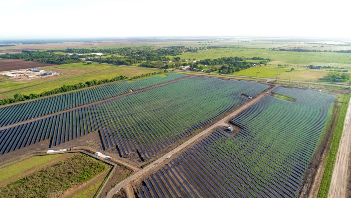 Starbucks and Cypress Creek Solar Farms Team Up to Power 360 Stores in Texas