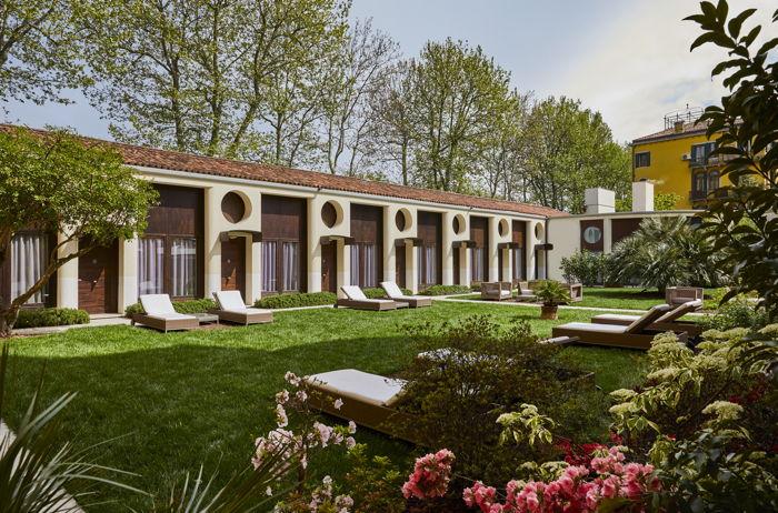 Hotel Indigo Venice - Courtyard