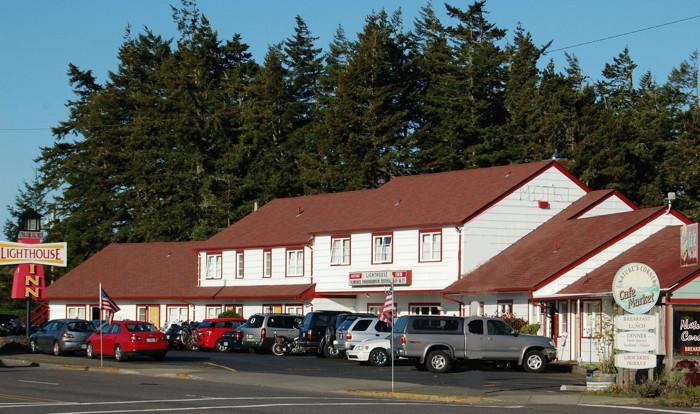 Lighthouse Inn, Florence, Oregon - Exterior