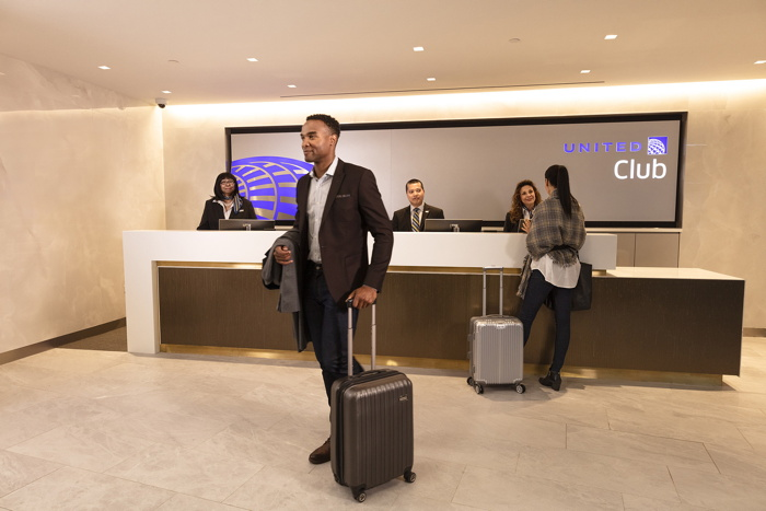 New United Club at LaGuardia Airport within Terminal B new concourse
