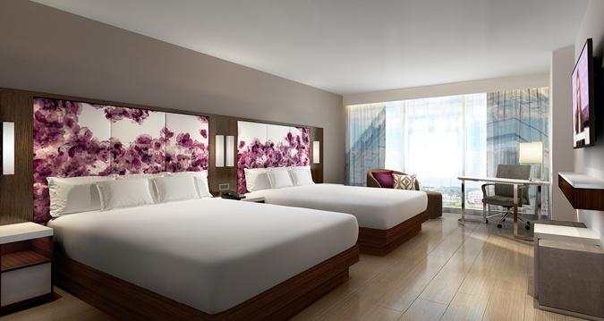 Guestroom at the Hilton Washington DC National Mall