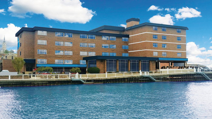 The Harborview Hotel in Port Washington, WI - Exterior