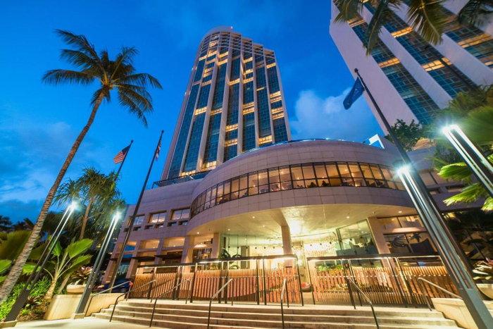Prince Waikiki - Exterior