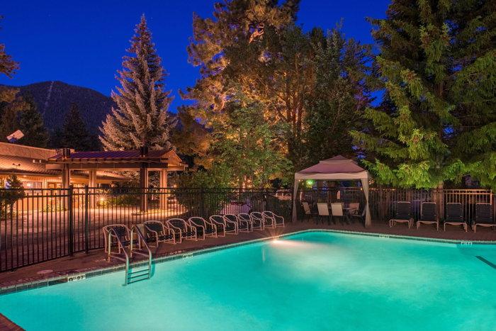 Station House Inn, South Lake Tahoe, CA - Pool