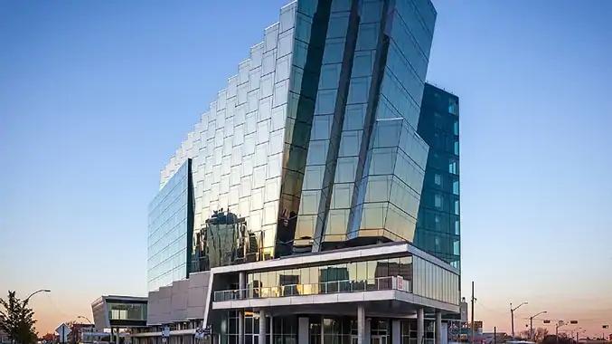 DoubleTree by Hilton Edmonton Downtown - Exterior