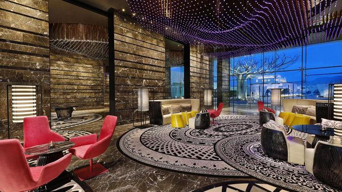 W Muscat Hotel - Lobby