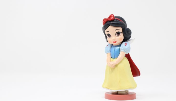 Snow white figurine - Photo credit: King Lip