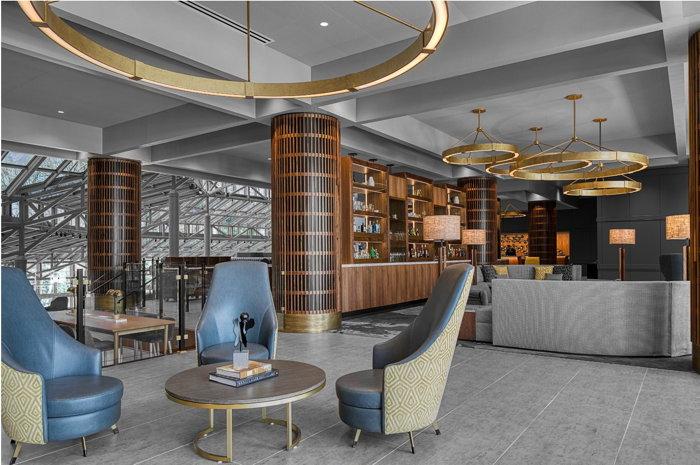 Crowne Plaza Atlanta Perimeter Ravinia Hotel - Bar