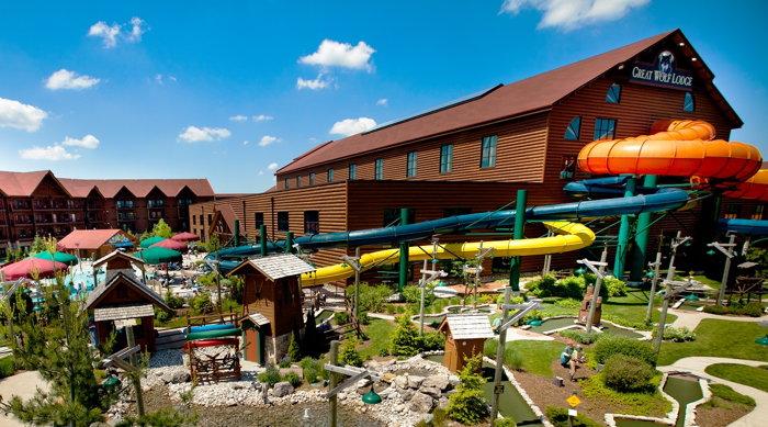 Great Wolf Lodge Resort in Niagara Falls Ontario - Exterior