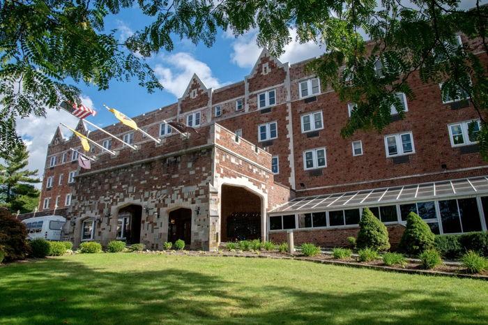 The Grand Summit Hotel Celebrates Multimillion-Dollar Renovation