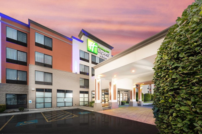 Unnamed Holiday Inn Express & Suites Hotel