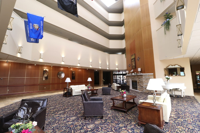 Hotel Mead in Wisconsin Rapids - Atrium