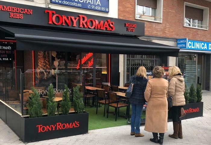 Tony Roma's at Plaza República de Ecuador, Madrid