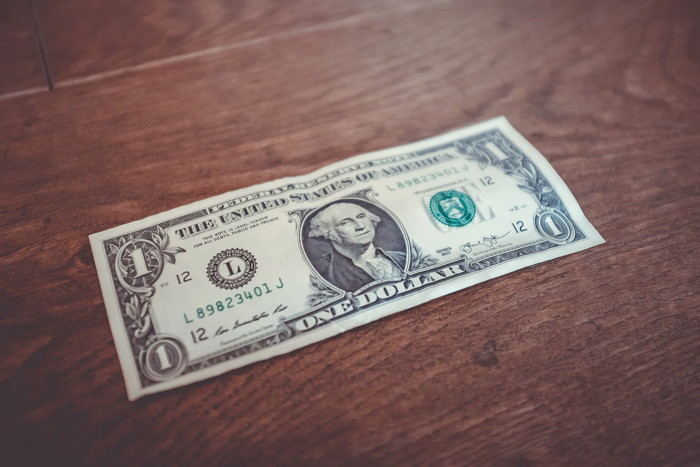 1 US dollar banknote close-up photography - Unsplash